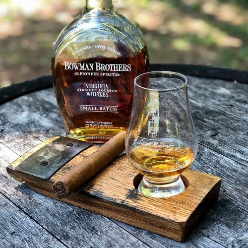 A. Smith Bowman Distillery | Cigar Holder with a Glencairn Glass
